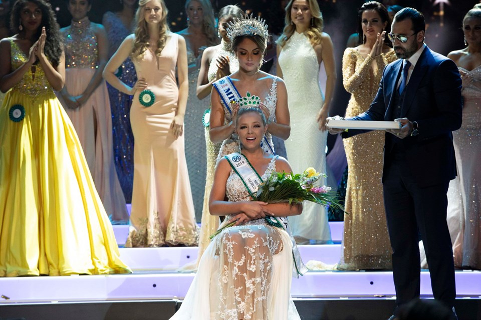 72573899 1394835374011697 5756344358144049152 n - Emmy Rose Cuvelier is Miss World America 2019